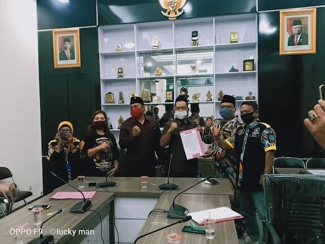Resmi !! Pernyataan Sikap GMBI Distrik Gresik Melalui DPRD Kabupaten