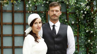 Filme Online: In dragoste si in razboi ep 17, In dragoste si un razboi online (Kurt Seyit ve Şura) In dragoste si in razboi episodul 17 rezumat serial Turcesc de epoca