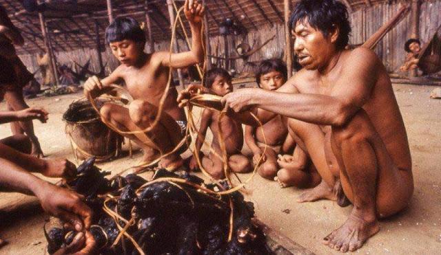 Ritual makan abu mayat