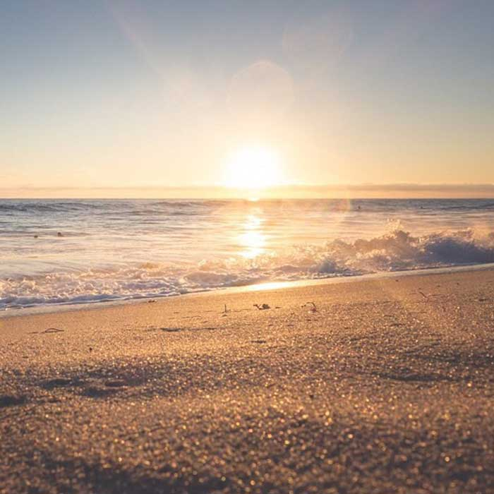 Fasilitas Wisata di Pantai Sendiki