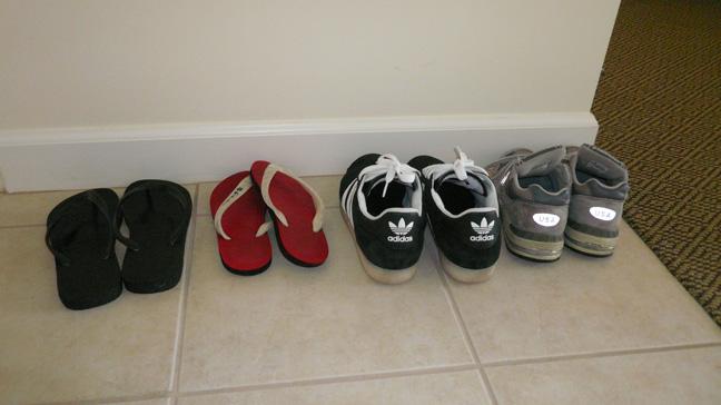 Saludable y natural deje los zapatos en la puerta de entrada for Gabinete de zapatos para la entrada