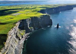 10 địa điểm du lịch nguy hiểm hút khách nhất thế giới - Ảnh 8