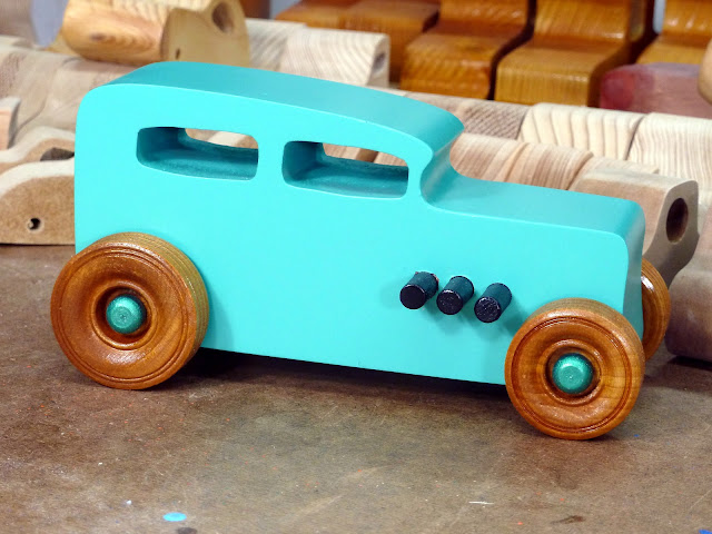 20170521-152308 Etsy - Wooden Toy Car - Hot Rod Freaky Ford - 32 Sedan - MDF - Air Brushed Acrlyic