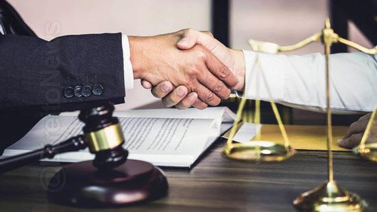 lei contratacao servicos advocacia inexigibilidade licitacao