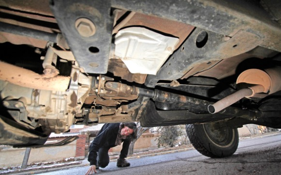 Cwb Chicago Cops Catalytic Converter Thieves Return To