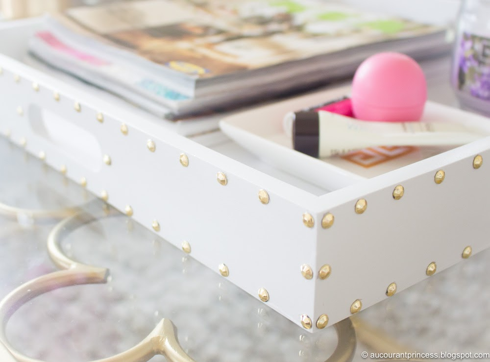 DIY: Update Coffee Table Tray using Spray Paint