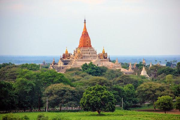 Pagoda Ananda Phaya en Bagan