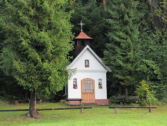 Kapliczka na Oleksówkach.
