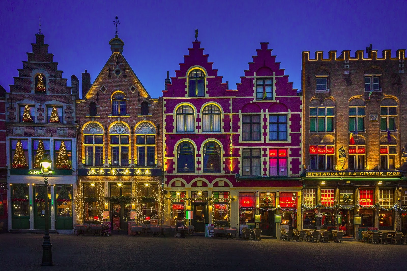 olivier-depaep-bruges during christmas time