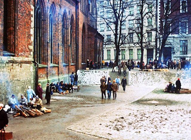 Январь 1991 года. Рига. Домская площадь