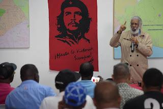 Juan Hubieres lanza su precandidatura presidencial para el 2020