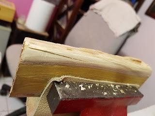 nettoyage du fourreau en bois