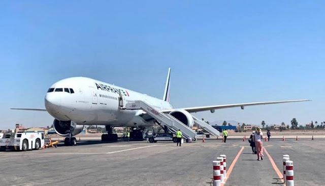 السفارة الفرنسية بالمغرب تعلن عن إعادة 816 عالقا في المغرب الى فرنسا عبر رحلات جوية في يوم واحد+ صور