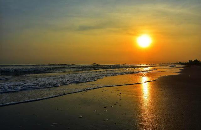 Pantai Karangmalang Kendal: Lokasi, Rute, dan Harga Tiket