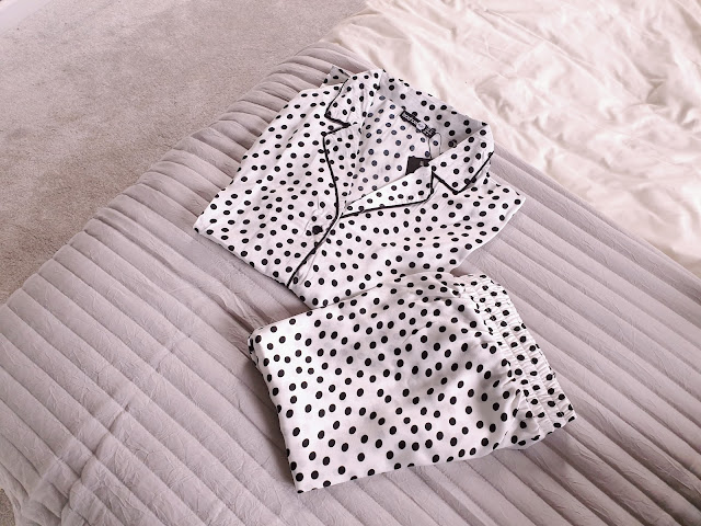 Pretty Little Thing Polka Dot Dalmatian Print Pyjama Sey