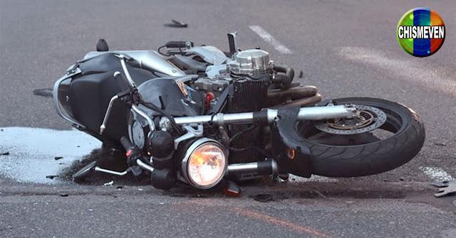 Mujer falleció al ser disparada de una moto en Falcón tras perder el control