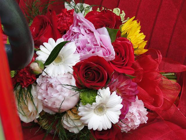 fresh bridal wedding bouquet the Camellia,
