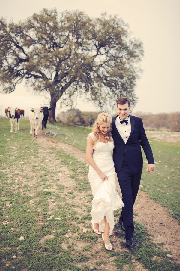Rustic+classic+traditional+black+tie+platinum+wedding+bride+groom+rowing+country+club+purple+modern+succulents+succulent+centerpieces+lighting+lights+Gideon+Photography+6 - Black Tie & Cowboy Boots Required