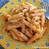 Macarrones con pimiento y albahaca