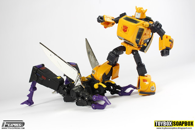 fanstoys ft 14 forager & masterpiece bumblebee