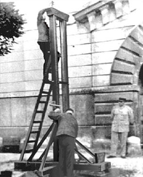 Guillotine in Versailles Weidmann execution