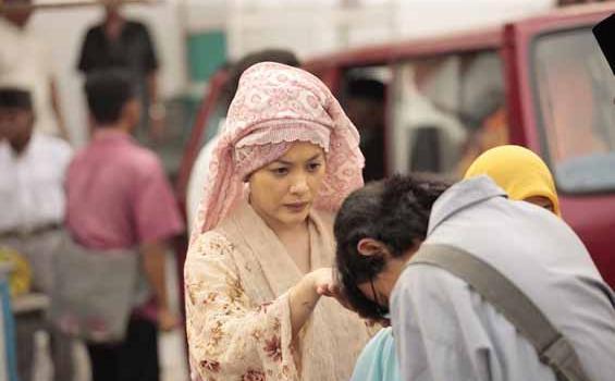 banyak orang tua indonesia membiayai kebutuhan anaknya sampai pendidikan selesai