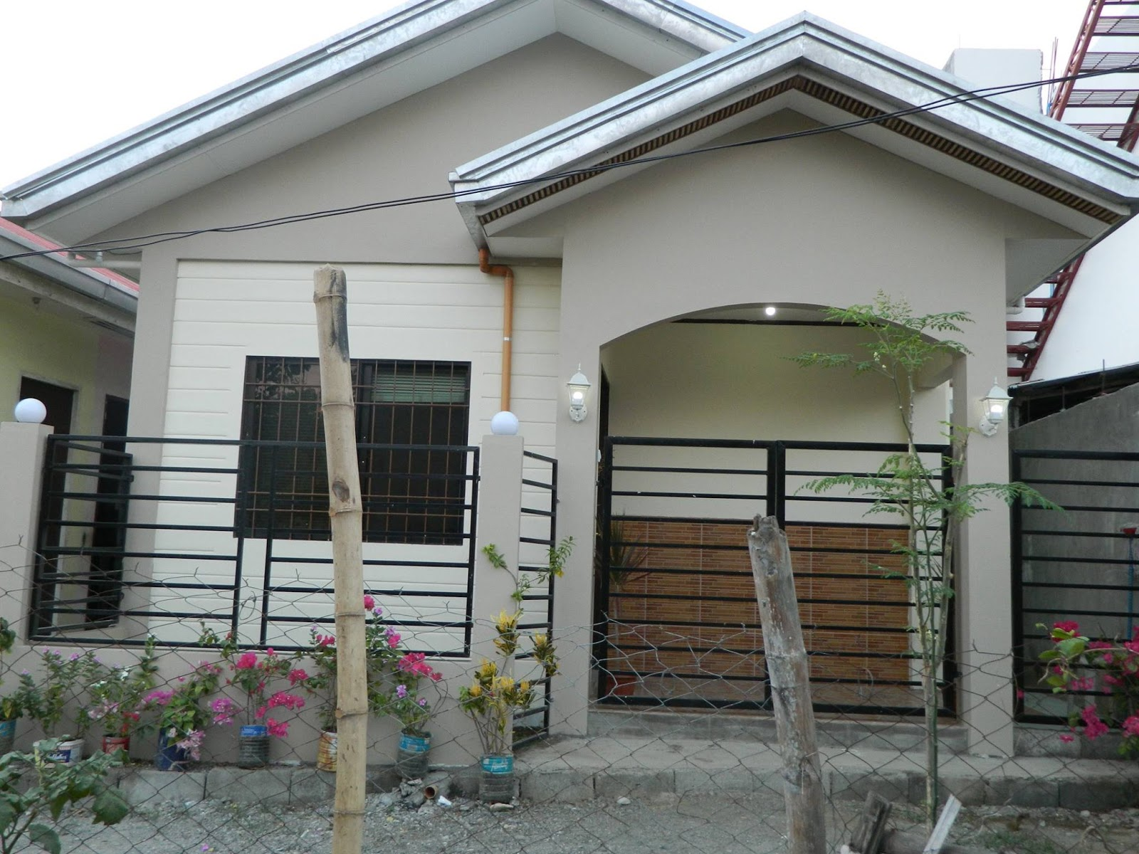 In photos ofw built his p500k dream house a small and for House plans that cost 150 000 to build