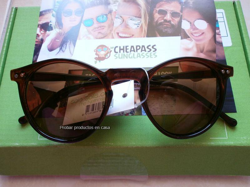 c909167d01f8bb Gafas de sol Cheapass Sunglasses - Probar productos en casa