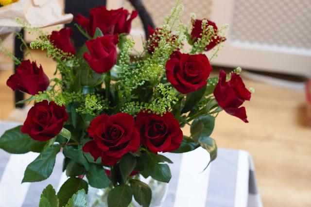 Valentine's Day 12 red roses, imogen molly, www.imogenmolly.co.uk