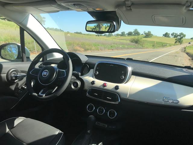 Instrument panel in 2020 Fiat 500X Trekking Plus AWD