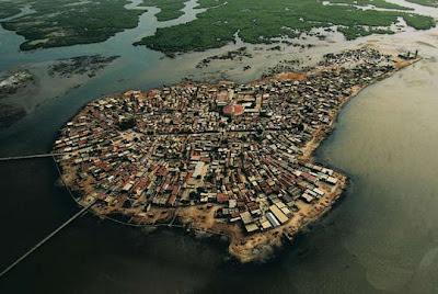 http://ghan-noy.blogspot.com/2017/01/beberapa-pulau-paling-padat-penduduknya.html