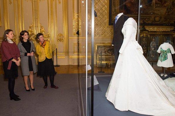 Princess Eugenie wore Sandro Morane Houndstooth Wool blend Coat
