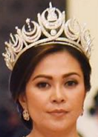 diamond crescent tiara selangor malaysia queen tengku ampuan rahimah permaisuri norashikin