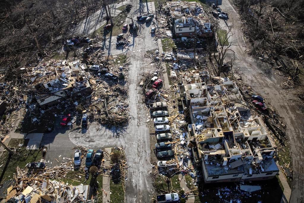 scott sabols world  weather aerial photo  tornado 1024 x 683 · jpeg