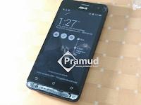 Cara melepas layar LCD Asus Zenfone 5 dengan mudah