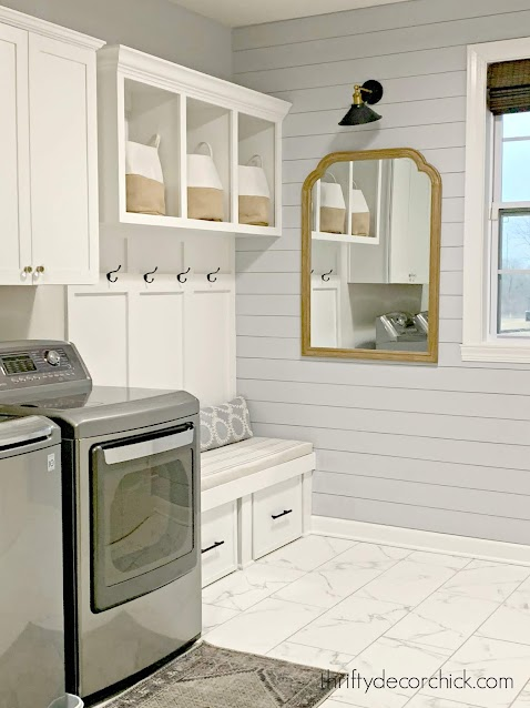 mud room laundry combo with cubby bench