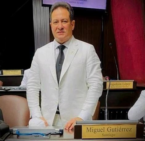 Detalles sobre el diputado Miguel Andrés Gutiérrez Díaz