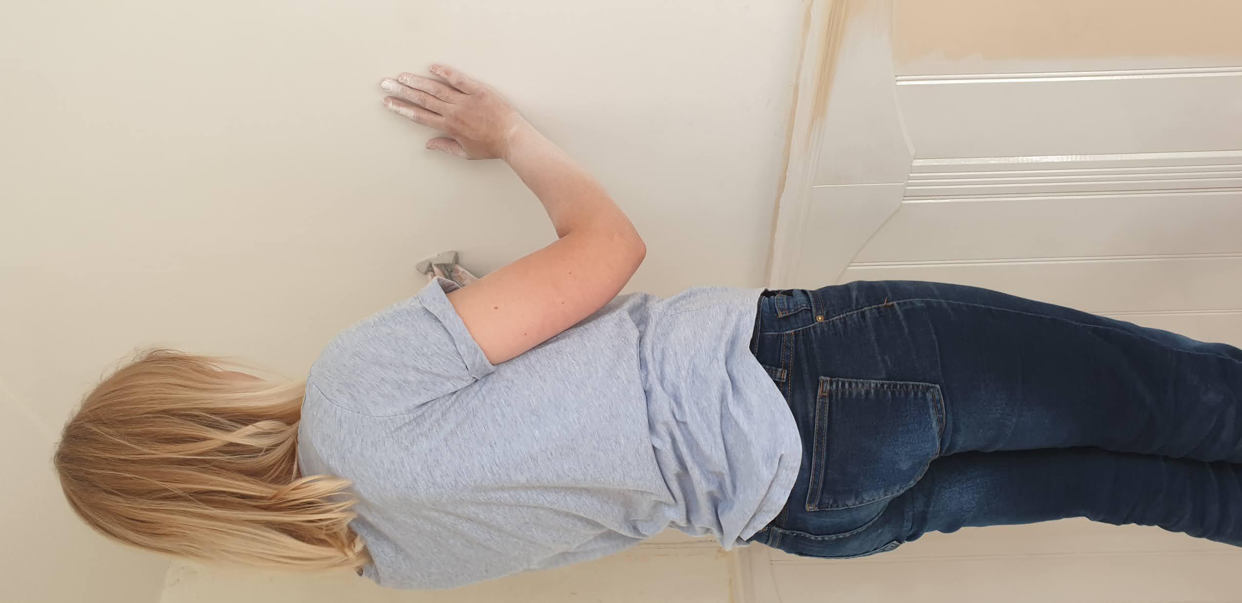 Wygładzanie ściany w domu