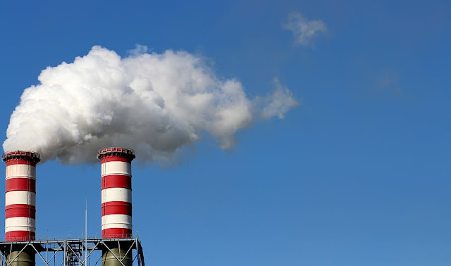 Environment management in oil refineries