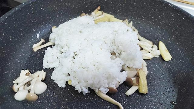 素食菇菇料理、菇菇炒飯、菇菇湯~素食家常菜、簡單料理