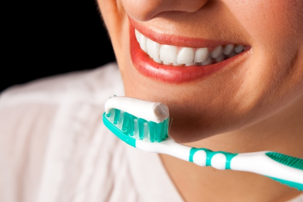 THE RIGHT WEAPONS FOR A CORRECT ORAL HYGIENE