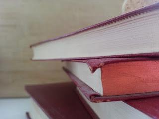 القراءات القرآنية: أشهر أصحاب القراءات الشاذة ومصادرها، أمثلة لبعض القراءة الشاذة