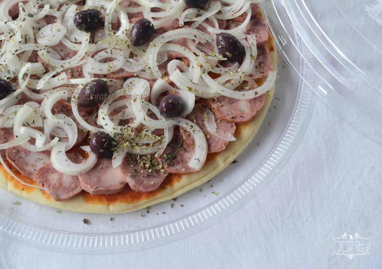 Pizza de Calabresa deliciosa na G-60 da Galvanotek