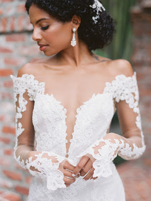 brides unique lace gown