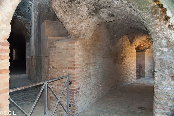 Galerías de servicio del anfiteatro de Itálica, la ciudad romana de Sevilla