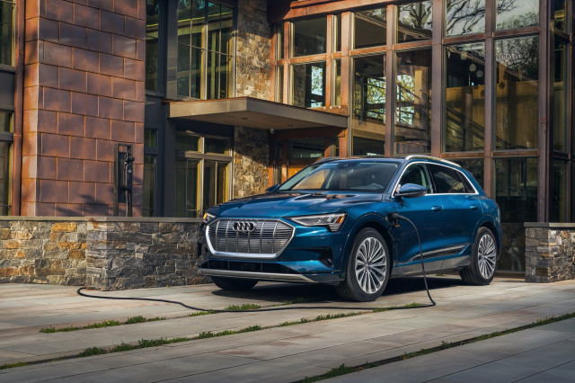 2021 Audi E-Tron Review