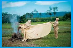 11 Foto Prewedding Lucu Gokil Terbaru, Dijamin Bikin Kamu Ketawa Ngakak