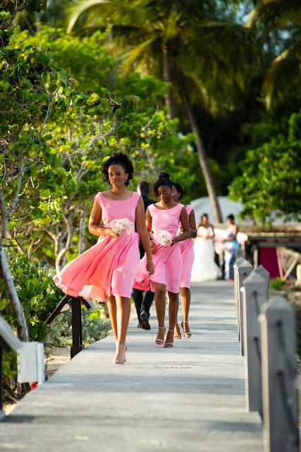 Guadeloupe la créole beach le Gosier mariage cortège demoiselles d'honneur