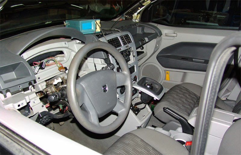 Chrysler Sebring Dodge Caliber Dodge Avenger Instrument Cluster