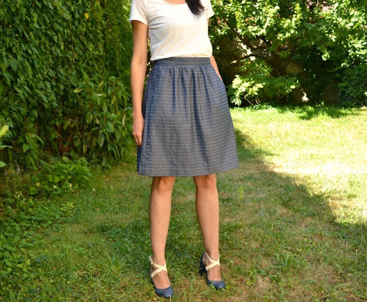 Dotta - A Sewing Blog: Dobby Chambray Eberyday Skirt on Imagine Gnats